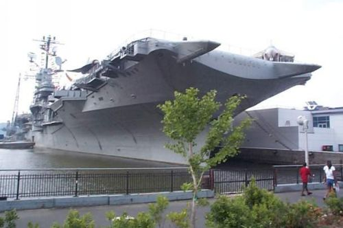 Photo: Intrepid Aircraft Carrier