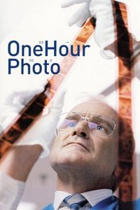 "<strong class=""MovieTitle"">One Hour Photo</strong> (2002)"