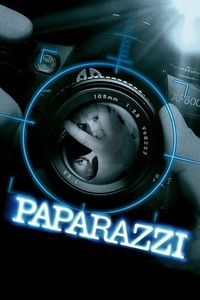 "<strong class=""MovieTitle"">Paparazzi</strong> (2004)"